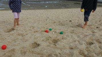 Boccia spielen am Strand