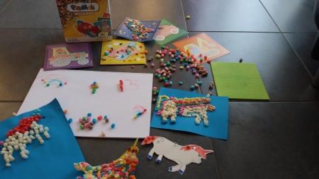Basteln und Malen mit Playmais
