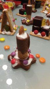 Kerze aus Lebkuchen und Keks