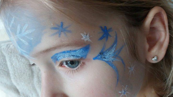 Elsa Eiskönigin schminken