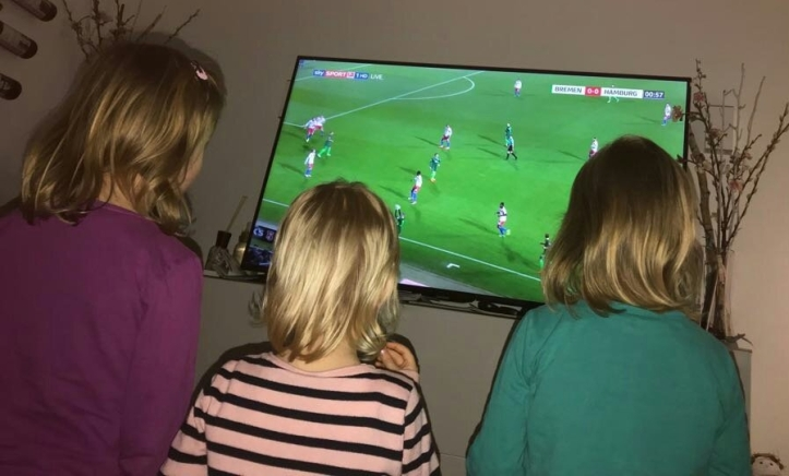 Bundesliga mit Telekom Sport und Sky Kompakt Sport