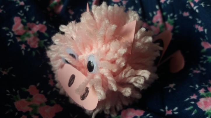 Schweinchen aus Wolle basteln