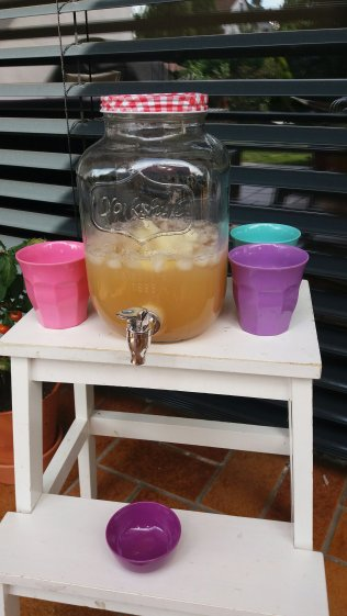 Dispenser für Saft oder infused Water