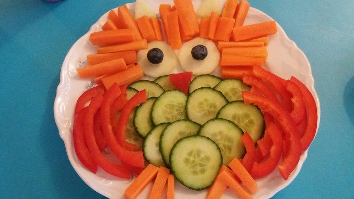 Eule aus Gemüse