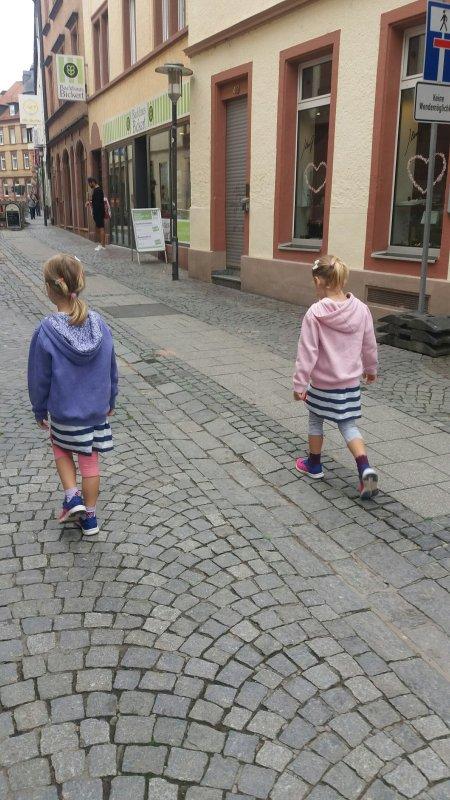 Streit unter Geschwistern mit Joy Toy