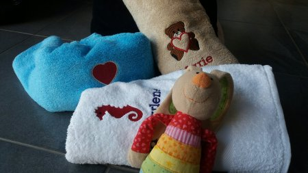 bestickte Handtücher von deinhandtuch.de