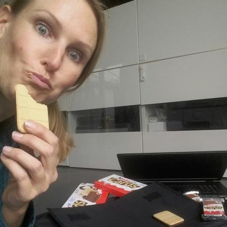 kinder Cards, Kekswaffel auch für Mütter
