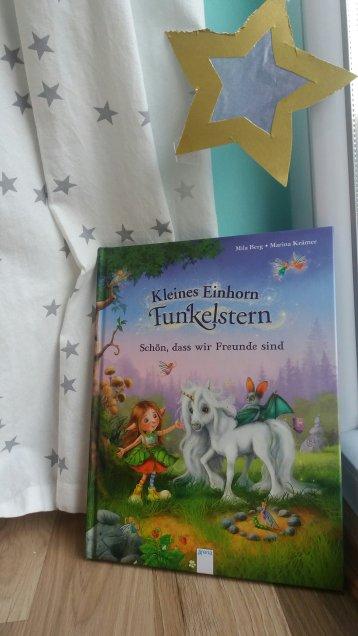 Kleines Einhorn Funkelstern, Arena Verlag