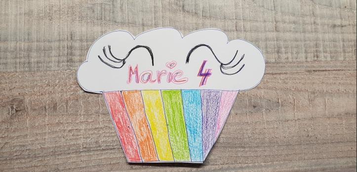 Einladung Einhornparty Regenbogencupcake