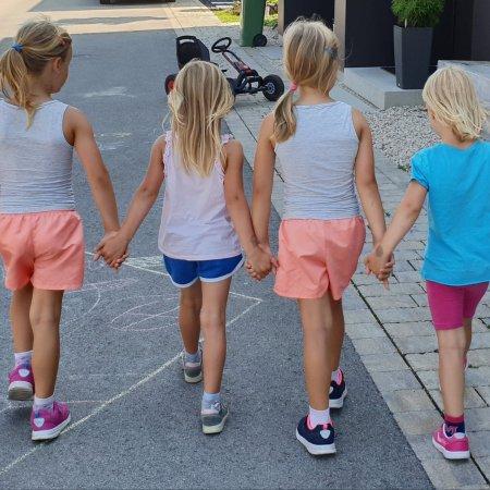 Mamazeit durch mehrere Kinde teilen